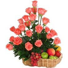 Valentine Roses and fruits delight to Mysore