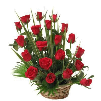 send valentine day Rose Boasket to Mysore