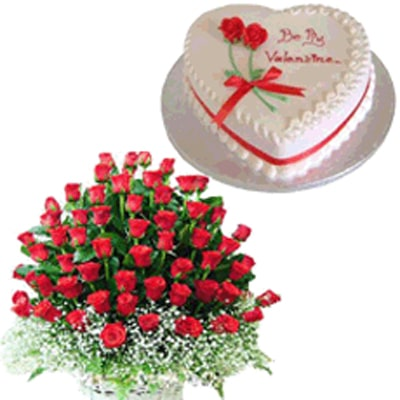 Valentine Heart Shape Cake and Roses to Mysore